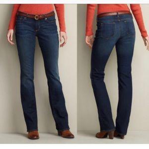Eddie Bauer Curvy Dark Blue Straight Leg Jeans 6